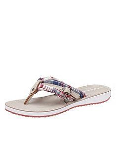 Lábujjas papucs, Tamaris