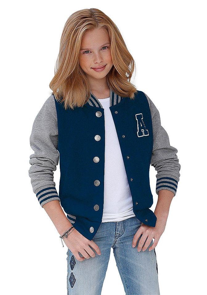 Куртк OttoКуртки и пальто<br>Изделие из мягкого трикотажа с аппликацией на груди. Полосатые манжеты и рукава контрастного цвета. Из 100% хлопка.<br><br>Size DE: 140<br>Colour: синий<br>Age: Детский<br>Material: Рукав: 85% хлопок / 15% вискоза;Верх: 100% хлопок