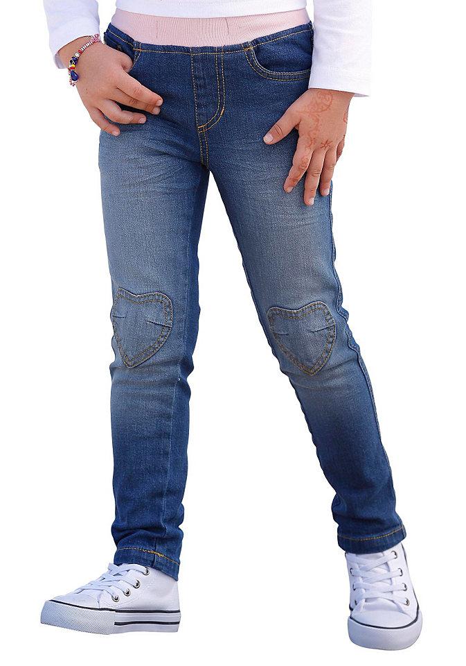 Джинс OttoБрюки и джинсы<br>Аппликации в виде сердец на коленях. Эффект «состаренности» с перманентными складками и размытым эффектом. Контрастная резинка. Модель с пятью карманами из проверенного на вредные вещества эластичного денима. Тип изделия: джинсы без застежки. Качество: комфортный, проверенный на вредные вещества материал. Материал: деним. Силуэт: узкий. Форма штанин: узкая. Длина штанин: длинные. Посадка: классическая. Пояс + застежка: пояс на резинке. Количество карманов: 5. Передние и боковые карманы: круглые карманы, маленький карман для монет. Задние карманы: накладные карманы. Совет по уходу: рекомендуется машинная стирка. Состав материала: 98% хлопок, 2% эластан.<br><br>Size DE: 116<br>Colour: синий<br>Age: Детский<br>Material: Верх: 98% хлопок / 2% эластан
