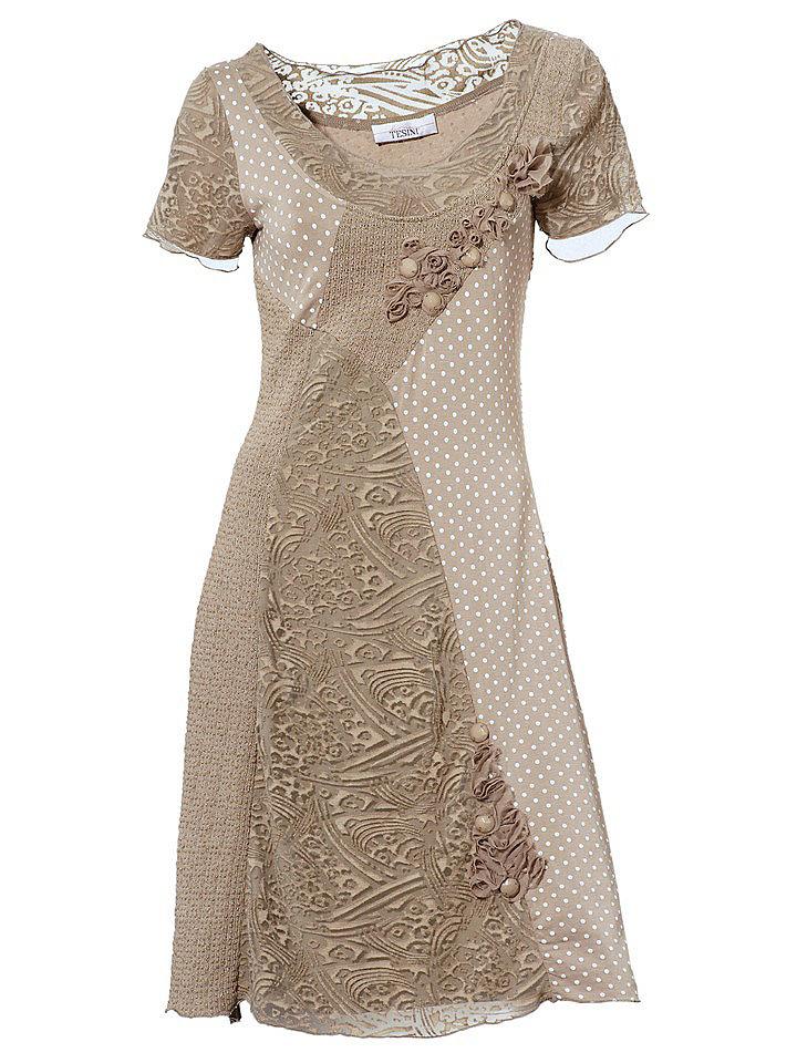 Платье OttoПлатья из джерси<br>Приталенное платье от Linea Tesini привлекает оригинальным сочетанием фактурных тканей. Спереди кокетливая цветочная аппликация из шифона. Хотите выглядеть стильно каждый день? Тогда Вам просто необходимо купить это платье! Длина ок. 94 см.<br><br>Size DE: 48<br>Colour: бежевый<br>Gender: Женский<br>Age: Взрослый<br>Material: Jerseymaterial: 80% хлопок / 20% полиэстер;Отделка: 80% полиэстер / 20% вискоза;Подкладка: 100% полиэстер;Верх: 95% вискоза / 5% эластан