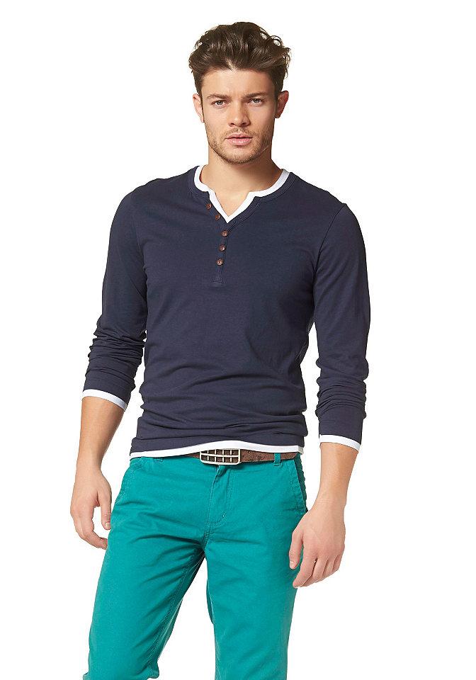 Кофта с длинным рукаво OttoУличная одежда<br>Многослойная футболка с длинным рукавом John Devin, спортивная, актуальная и очень стильная. Подходит к любой одежде. Обтягивающий силуэт, изделие из чистого хлопка. Тип изделия: футболка с длинным рукавом. Узкий покрой. Рекомендуется машинная стирка. Материал: 100% хлопок.<br><br>Size DE: L<br>Colour: синий<br>Gender: Мужской<br>Age: Взрослый<br>Material: Верх: 100% хлопок