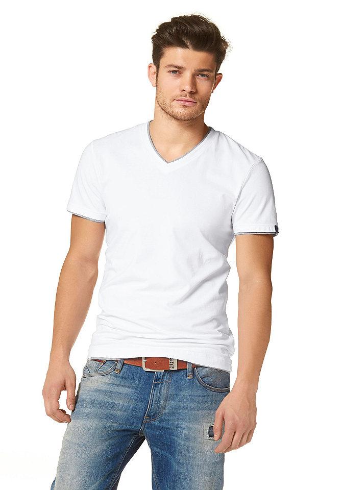 Футболка OttoУличная одежда<br>С V-образным вырезом и стильным эффектом «многослойности» на воротнике, по нижнему краю изделия и рукавов. Элегантный лейбл на рукаве. Материал: 95 % хлопка, 5% эластана. Светло-серый меланж: 80 % хлопка, 15 % полиэстера, 5 % эластана.<br><br>Size DE: XL<br>Colour: белый<br>Gender: Мужской<br>Age: Взрослый<br>Material: Верх: 95% хлопок / 5% эластан