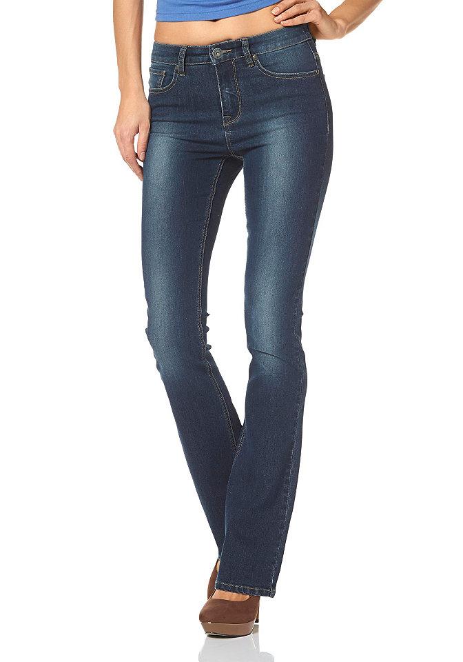 Джинсы клеш OttoПокрой Bootcut<br>Расклешенные джинсы с завышенной талией - хит сезона! Такой фасон зрительно делает фигуру более стройной. Эластичный материал не сковывает движения. Классические 5 карманов и прострочка гармонично дополняют немного потертую расцветку. Комбинируйте джинсы с верхом узкого кроя, и стильный повседневный комплект готов! Длина по внутреннему шву ок. 83,5 см (размер 38).<br><br>Size DE: 34<br>Colour: синий<br>Gender: Женский<br>Age: Взрослый<br>Material: Верх: 79% хлопок / 19% полиэстер / 2% эластан