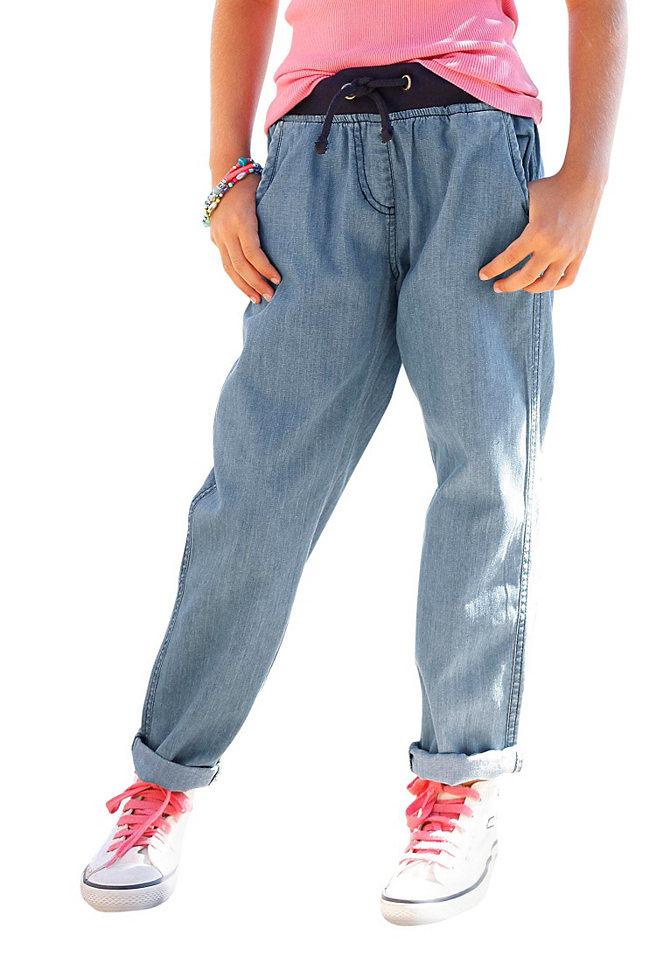 Джинсы OttoБрюки и джинсы<br>У каждой девочки должны быть модные и удобные джинсы, такие как джинсы от CFL. Трикотажный пояс в рубчик позволяет легко и быстро надевать джинсы, а 4 кармана (по 2 спереди и сзади) позволяют взять с собой множество нужных мелочей. Дудочки с низкой талией и легкой потертостью хорошо комбинируются с любыми топами и джемперами, а деним из мягкого хлопка гарантирует наибольший комфорт. Материал: 100% хлопок.<br><br>Size DE: 152<br>Colour: синий<br>Gender: Женский<br>Age: Детский<br>Material: Верх: 100% хлопок