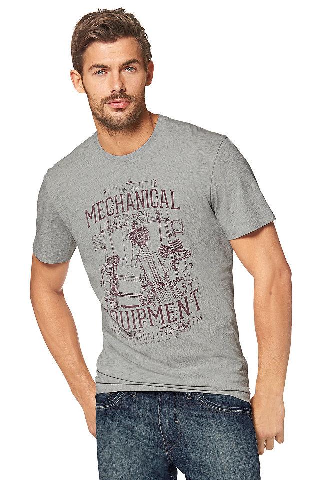 Футболка OttoУличная одежда<br>Меланжевая футболка из коллекции Tom Tailor - маст-хэв для мужского гардероба! Благодаря удобному покрою она отлично сидит и не сковывает движения. В составе ткани высокая доля хлопка для оптимального комфорта. Модель с короткими рукавами и округлой горловиной декорирована оригинальным потертым рисунком спереди. Цените сочетание стиля и практичности? Тогда вам точно нужно купить эту мужскую футболку!<br><br>Size DE: L<br>Colour: серый<br>Gender: Мужской<br>Age: Взрослый<br>Material: Верх: 95% хлопок / 5% вискоза