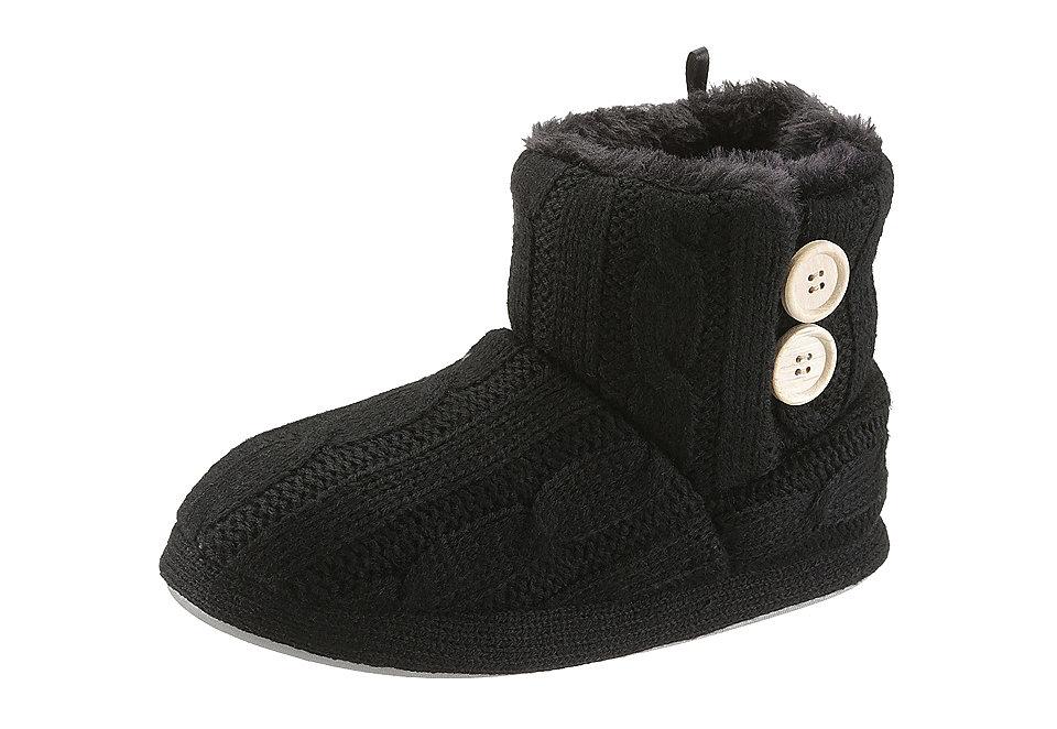 Домашние сапоги OttoДомашняя обувь<br>Домашние сапоги – City Walk Верх выполнен из мягкой вязки косами, а внутри теплая флисовая подкладка. Декоративные пуговицы, легкая синтетическая подошва и стандартная полнота F. Домашние сапоги от City Walk сочетают в себе уютный дизайн, контрастные детали и оптимальный комфорт. Идеально подойдут для холодных зимних вечеров.<br><br>Size DE: 40<br>Colour: черный<br>Gender: Женский<br>Age: Взрослый