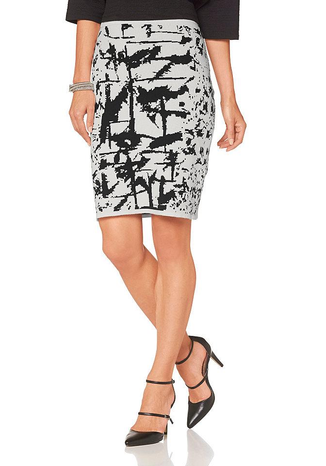 Трикотажная юбка OttoЮбки<br>Стильно и удобно: юбка от марки Laura Scott. Узкая модель карандаш прекрасно подчеркивает фигуру и очень удобна благодаря мягкому эластичному трикотажу. Главным украшением юбки является эффектный контрастный рисунок. На комфортном тянущемся поясе. Длина составляет 54 см.<br><br>Size DE: 42<br>Colour: белый<br>Gender: Женский<br>Age: Взрослый<br>Material: Верх: 70% вискоза / 30% полиамид