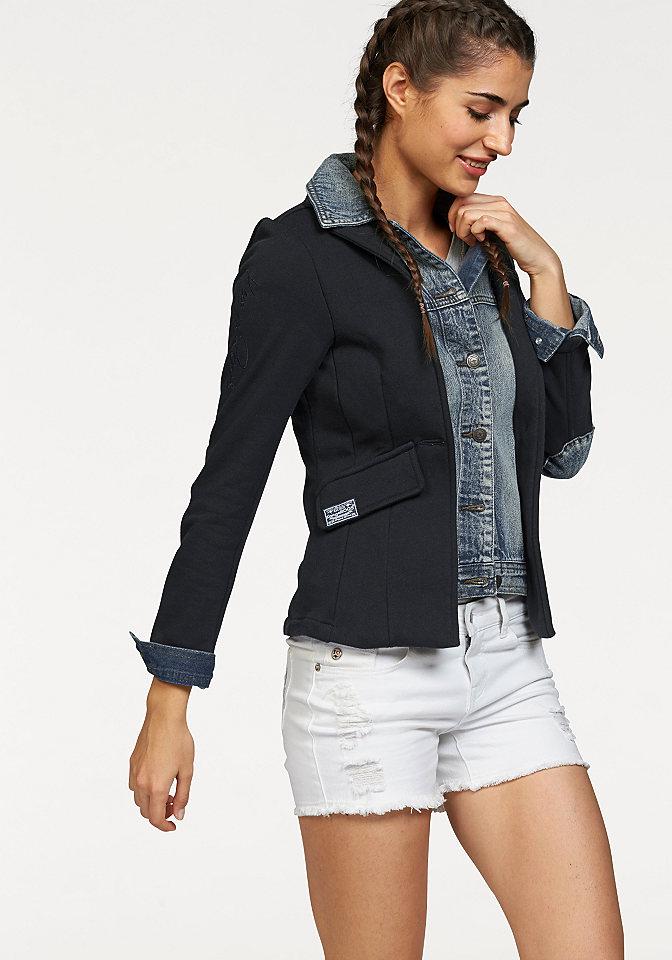Блейзер Kangaroos OttoКуртки<br>Джинсовая куртка с эффектом потертости имеет приталенный покрой. На локтях расположены стильные джинсовые заплатки. Спереди модель дополнена удобными карманами с клапаном. Куртка украшена вышитым логотипом на правом рукаве и металлическим логотипом на нижнем крае модели. Ткань, из которой изготовлена куртка, очень легка в уходе. Модель застегивается на пуговицы. Рекомендована машинная стирка. Состав: 100% хлопок.<br><br>Size DE: 46<br>Colour: синий<br>Gender: Женский<br>Age: Взрослый<br>Material: Вставка: 100% хлопок;Верх: 100% хлопок