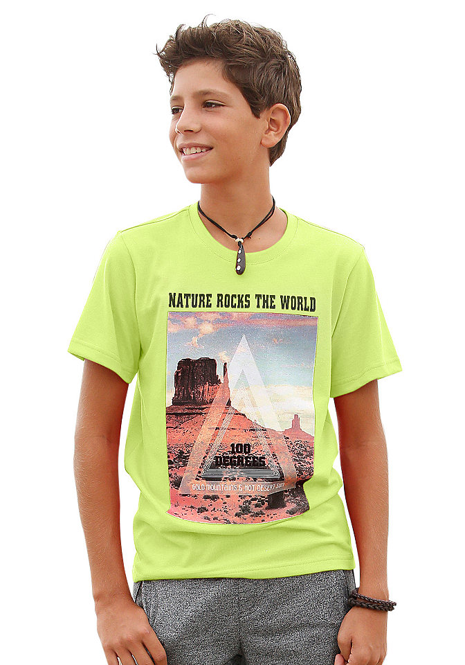 Футболка OttoФутболки и поло<br>Детская футболка от марки Arizona - яркая палитра на любой вкус! Крупный фотопринт на груди привлекает внимание и придает модели изюминку. Круглая горловина с кантом в рубчик, короткие рукава, хлопковое джерси делают футболку незаменимой вещью на каждый день. Материал: 60% хлопок, 40% полиэстер.<br><br>Size DE: 164<br>Colour: желтый<br>Gender: Мужской<br>Age: Детский<br>Material: Верх: 60% хлопок / 40% полиэстер