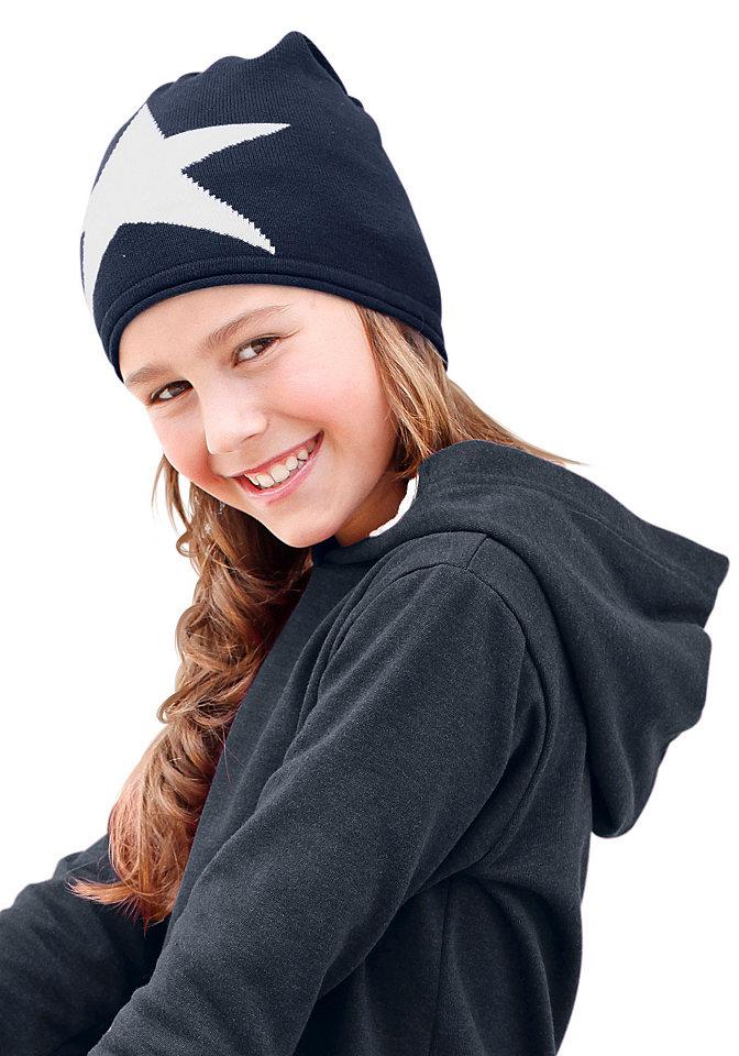 Шапка OttoАксессуары<br>Трендовая модель шапки бини представлена маркой детской одежды CFL. Неприхотливый в уходе трикотаж с высокой долей хлопка украшен рисунком в виде звезды спереди, с закатанным краем. Материал: 50% хлопок, 50% полиакрил.<br><br>Size DE: 4<br>Colour: синий<br>Age: Детский<br>Material: Верх: 50% хлопок / 50% полиакрил
