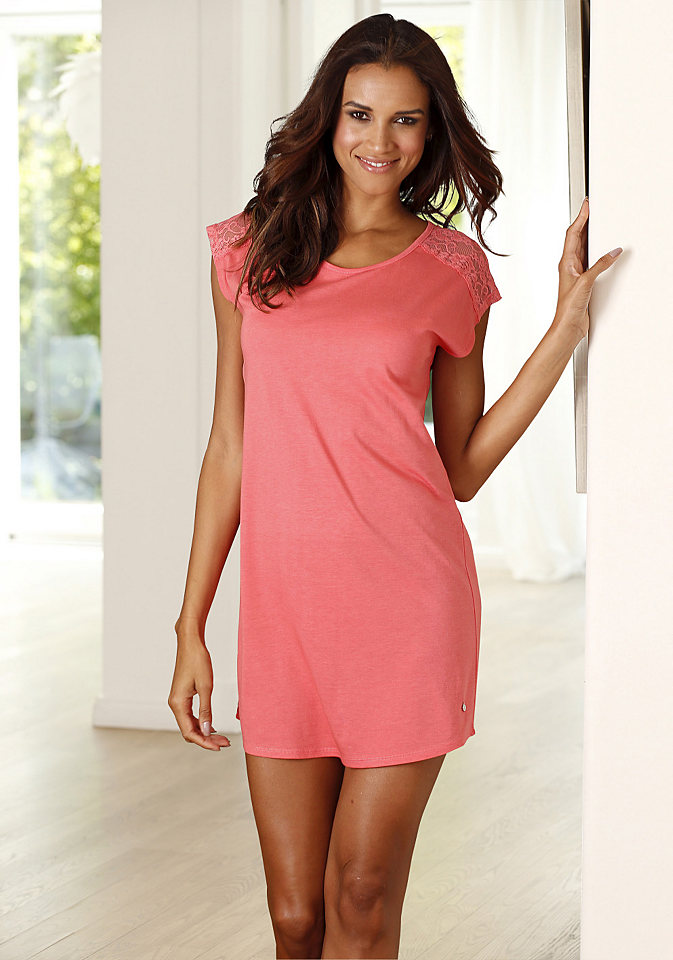 Ночная сорочка OttoОдежда для сна<br>Женская ночная рубашка s.Oliver создана для ценительницы высокого качества. Изюминкой фасона являются вставки из романтичного ажура. Свободный покрой с закругленным низом не будет стеснять движений. Приятное к телу джерси с содержанием волокон хлопка и вискозы обеспечит комфорт.<br><br>Size DE: 40<br>Colour: красный<br>Gender: Женский<br>Age: Взрослый<br>Material: Верх: 50% хлопок / 50% вискоза
