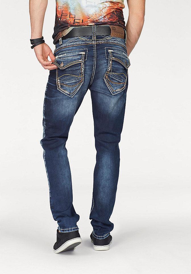 Джинсы OttoУзкий покрой штанин<br>Стильный must have! Вам непременно стоит купить мужские джинсы от бренда Cipo &amp;amp; Baxx - они станут стержнем бесчисленных повседневных сетов с рубашками или футболками, пуловерами или блейзерами. Изюминкой дизайна является модный эффект стираности и декоративная контрастная отстрочка. Узкий крой с заниженной талией прекрасно сидит по фигуре благодаря хлопковому дениму-стрейч. Петли позволяют комбинирование с ремнем. Модель застегивается на планку с пуговицами. Множество карманов (2 задних и 1 для мелочи с клапаном на пуговице, 2 втачных спереди) придутся по душе любителю практичности. Разм. 34: длина с внутренней стороны ок. 81 см, ширина брючин внизу ок. 36 см. 87% хлопок, 12% полиэстер, 1% эластан.<br><br>Size DE: 30<br>Colour: синий<br>Gender: Мужской<br>Age: Взрослый<br>Material: Верх: 87% хлопок / 12% полиэстер / 1% эластан