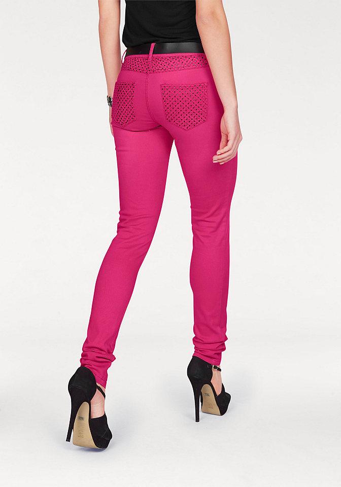 Джинсы OttoДжинсы «дудочки»<br>В тренде цветной деним, поэтому всем модницам советуем купить женские джинсы скинни от Melrose! Облегающий покрой подчеркивает фигуру. На заниженной талии притачной пояс с петлями для ремня. Модель с 5-ю карманами декорирована стразами на поясе и карманах сзади. Застегиваются брюки на молнию и пуговицу. Такие джинсы отлично подойдут как на каждый день, так и для вечеринки. Создавайте яркие образы на ваш вкус! Длина по внутреннему шву для размера 38 ок. 81,5 см.<br><br>Size DE: 44<br>Gender: Женский<br>Age: Взрослый<br>Material: Верх: 98% хлопок / 2% эластан