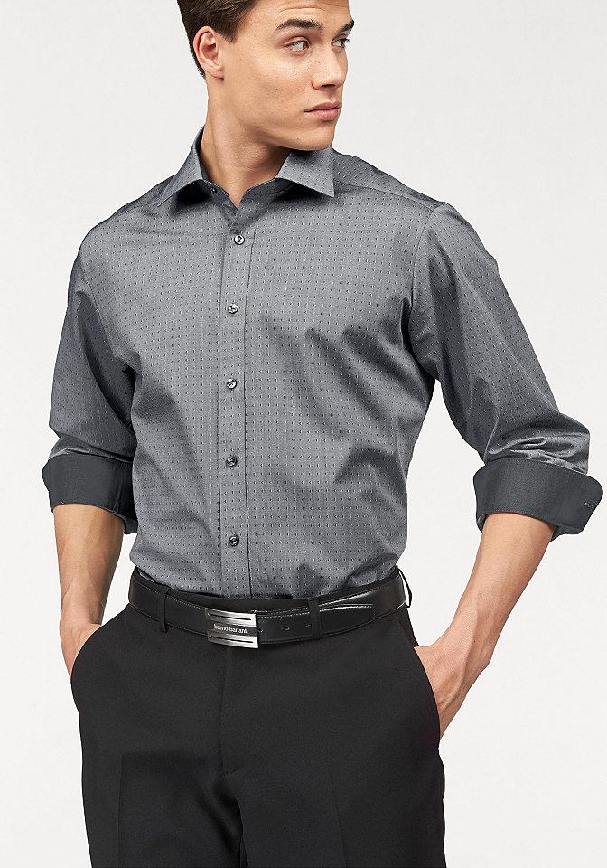 Рубашка OttoОфисная одежда<br>Купить хлопковую рубашку от Bruno Banani - разумный выбор для современных мужчин, которые ценят свое время и хотят выглядеть стильно! Главное достоинство модели: она не требует глажки! Воротник кент и традиционная планка с пуговицами подчеркивают классическую строгость дизайна, в то время как трендовый минималистичный принт, оттененный однотонными вставками на внутренней стороне манжет и воротника, придает рубашке современный вид. Узкий крой искусно обрисовывает контуры силуэта. Мужская рубашка от Bruno Banani - для индивидуального имиджа! 100% хлопок.<br><br>Size DE: 45<br>Colour: серый<br>Gender: Мужской<br>Age: Взрослый<br>Material: Верх: 100% хлопок