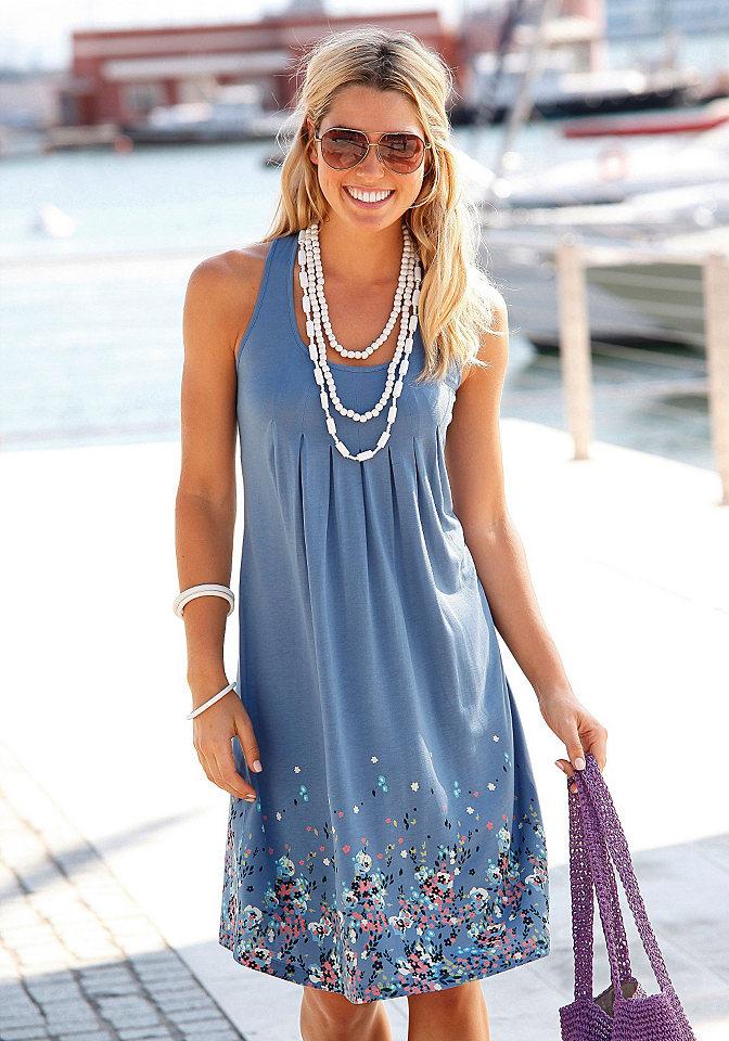 Платье для пляжа OttoПлатья и Юбки<br>Стильный наряд для прогулки по морскому берегу! Женственное платье для пляжа с изящным рисунком в цветочек и круглым вырезом. Летнее платье из струящегося материала красиво обыгрывает фигуру. Идеальное решение также для больших размеров. Мягкая, воздушная и почти невесомая вискоза – что может быть лучше для летних дней. Длина чуть ниже колена (ок. 90 см). Из 100 % вискозы.   Марка:  Beachtime; Категория:  платье для пляжа; Стиль:  женственно &amp; элегантно; Вырез:  Круглый вырез; Бретели:  широкие бретели; Покрой:  маскирует недостатки фигуры; Длина:  90 см, ниже колена; Принты/аппликация:  принт с цветочными мотивами  Особые детали:  роскошное плиссе под грудью;  Материал:  100 % вискозы;<br><br>Size DE: 40<br>Colour: синий<br>Gender: Женский<br>Age: Взрослый<br>Material: Верх: 100% вискоза