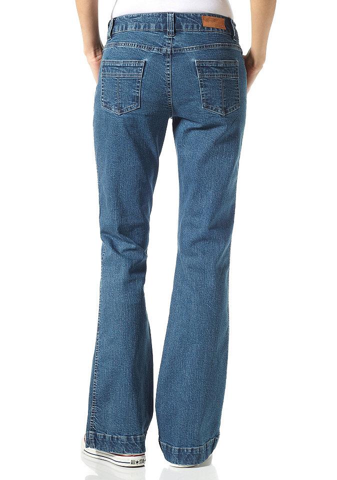 Растягиваются ли джинсы при носке