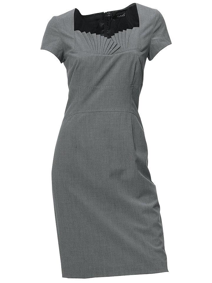 Платье OttoПлатья-футляры<br>Оригинальная вставка на вырезе! Приталенный фасон. Застёжка на молнию в шве сзади. Потайная шлица сзади. Длина ок. 98 см. Покрой великолепно подчёркивает фигуру. 81 % полиэстера, 17 % вискозы, 2 % эластана. Подкладка: 100 % полиэстера. Машинная стирка.<br><br>Size DE: 36<br>Colour: серый<br>Gender: Женский<br>Age: Взрослый<br>Material: Подкладка: 100% полиэстер;Верх: 81% полиэстер / 17% вискоза / 2% эластан