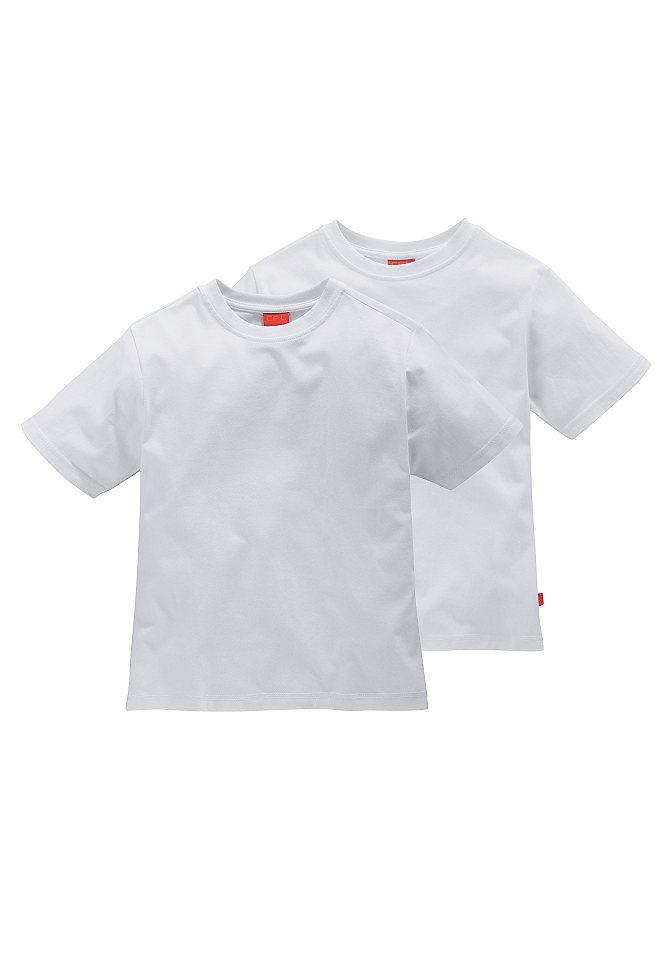 Футболка, 2 штуки OttoОдежда для праздника<br>Комплект футболок от марки CFL обязан дополнить гардероб мальчика. В упаковке находятся 2 актуальных цвета. Прямой крой с круглой окантованной горловиной и короткими рукавами отлично сидит, чистый хлопок создает комфорт. Логотип сбоку является контрастным акцентом.<br><br>Size DE: 128<br>Colour: Комплект расцветок<br>Gender: Мужской<br>Age: Детский<br>Material: Верх: 100% хлопок