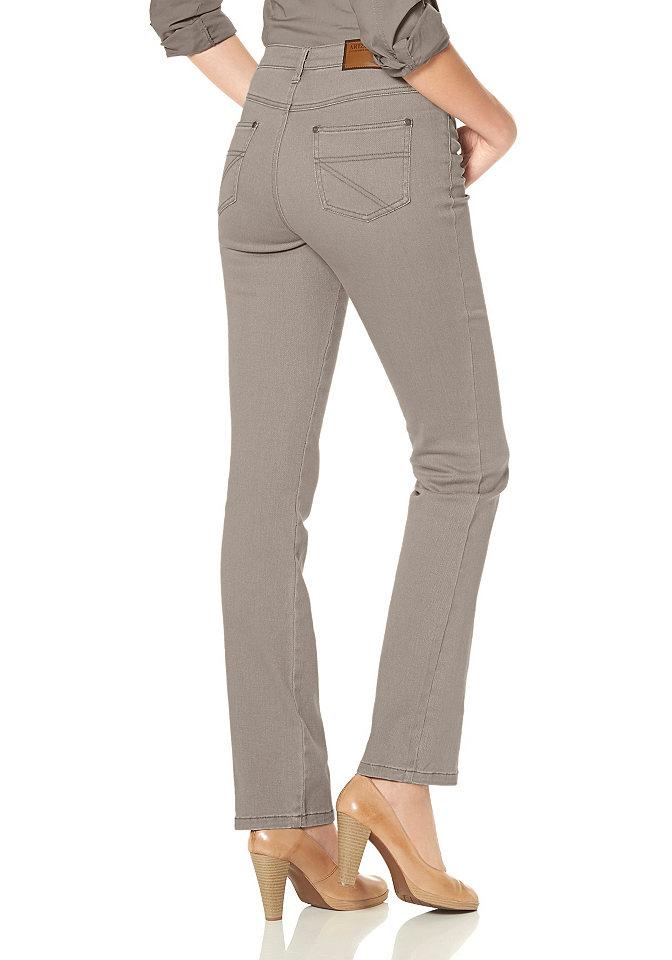 Джинсы стретч «Annett» OttoПрямые<br>Популярная модель джинсов из цветной саржи. Покрой с 5 карманами. Удобная посадка в области бёдер, прямой покрой. Высокий пояс отлично подчёркивает линию талии. Длина по внутреннему шву ок.: Н-разм. 81,5 см, М-разм. 76,5 см, Б-разм. 88,5 см. Классическая посадка. Саржа стретч: 97 % хлопка, 3 % эластана.<br><br>Size DE: 88<br>Colour: коричневый<br>Gender: Женский<br>Age: Взрослый<br>Material: Верх: 97% хлопок / 3% эластан