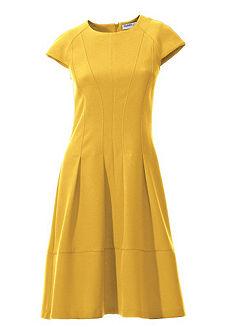 Formující žerzejové šaty