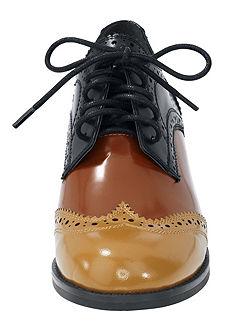 Fűzős női cipő