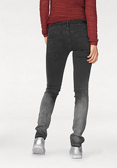 Q/S designed by 5-vreckové džínsy