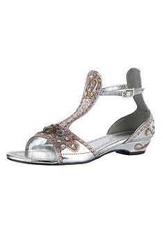 Pásikavé sandále, B.C. Best Connections