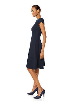 Alakformáló dzsörzé ruha