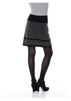 Úpletová sukňa, Aniston