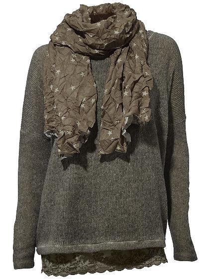 Tričko, pulóver a šál