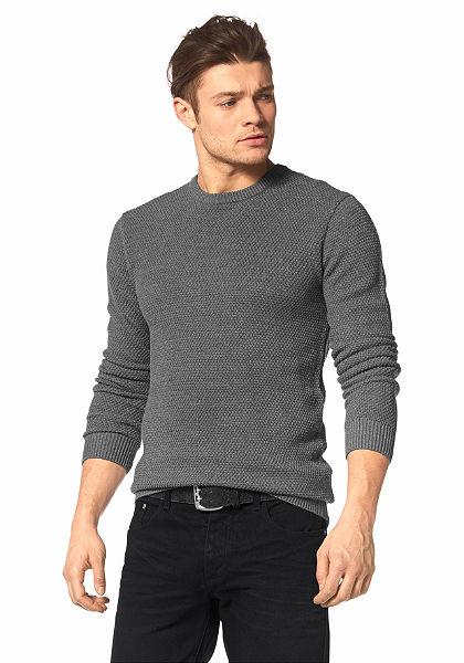 Pletený pulóver, John Devin