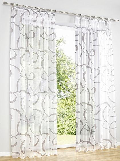 Poloprůsvitná záclona