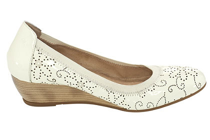 Éksarkú cipő