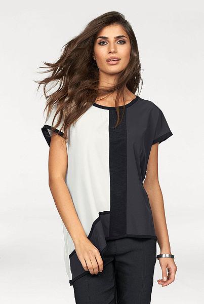 Ležérní tričko, Laura Scott