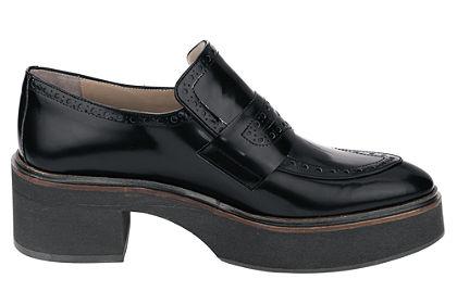 Belebújós cipő, ZINDA