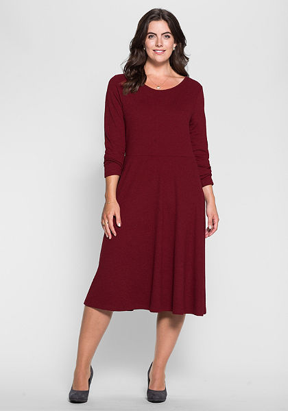 sheego Style Šaty ve projmutém střihu